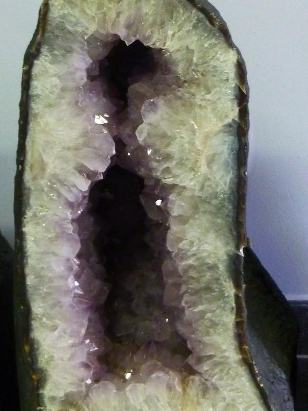 Amethist geode 12