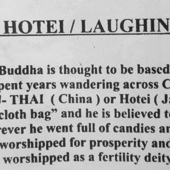 Staande Hotei / lachende Buddha
