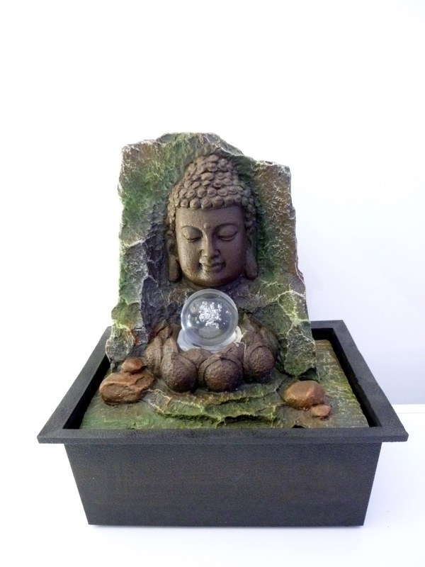 Boeddha fontein 02