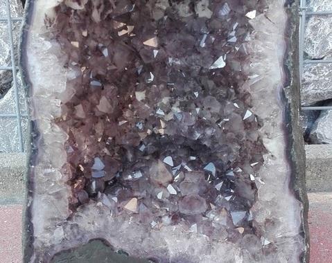 Amethist geode 17