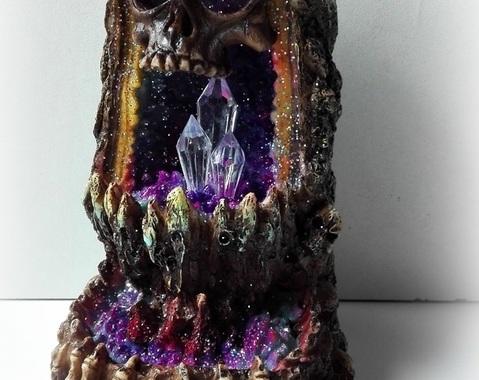 Schedel Kristal Grot LED Backflow Wierook brander  (MOMENTEEL UIT VOORRAAD)!
