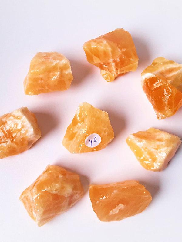 Oranje Calciet brokjes