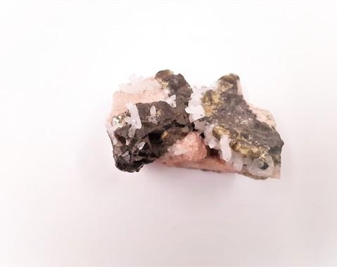 Rhodochrosiet, Sfaleriet, Bergkristal, Pyriet 08