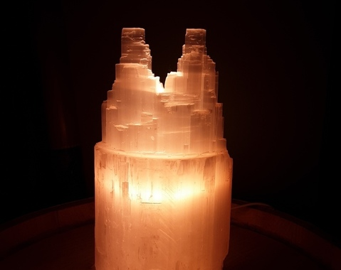 Twin tower lamp